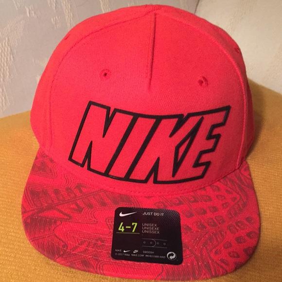 Nike Kids SnapBack Cap e202ee16399